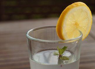 woda z cytryną w ciąży