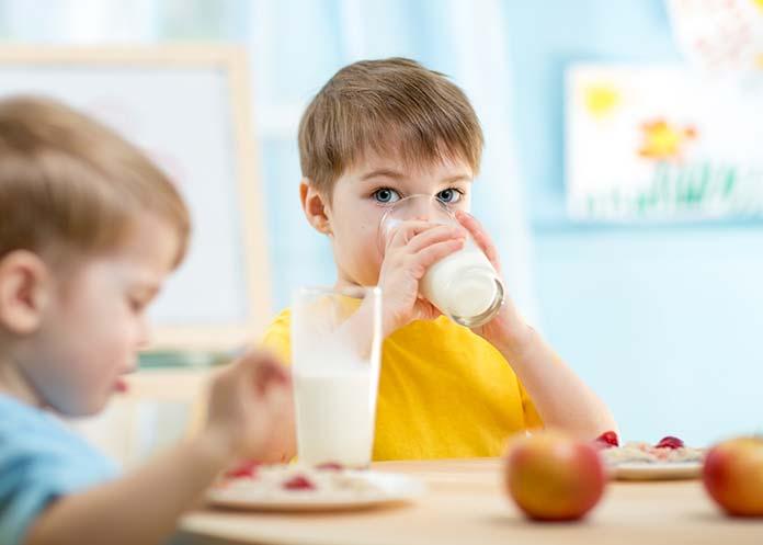 Jakie są najważniejsze objawy odwodnienia u dziecka